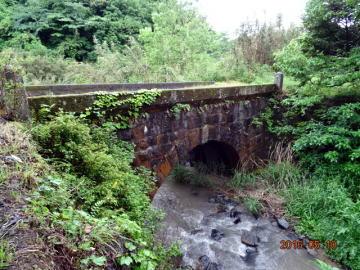 鉾立橋 /だから立派な萩尾の石橋が途中にあるのが理解できた